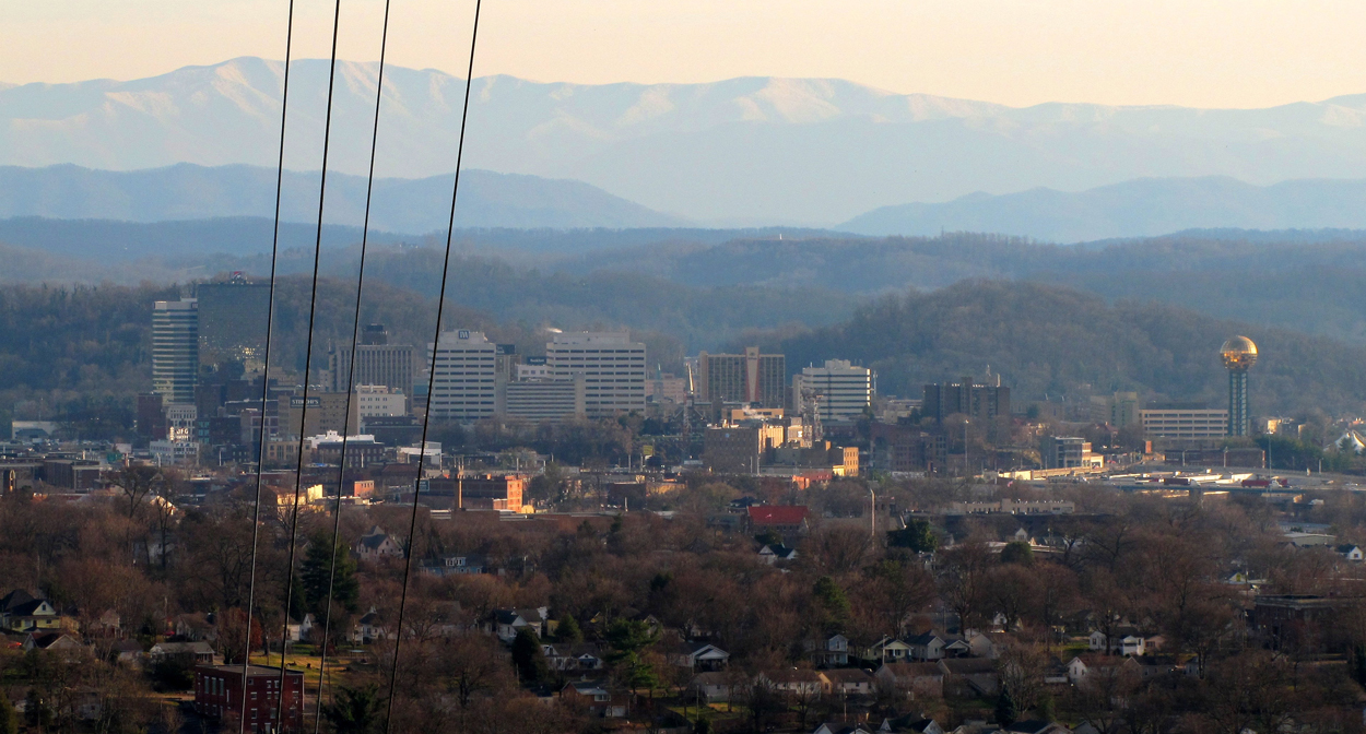 """Knoxville-from-sharps-ridge-tn2"" by Brian Stansberry - Own work. Licensed under CC BY 3.0 via Wikimedia Commons - http://commons.wikimedia.org/wiki/File:Knoxville-from-sharps-ridge-tn2.jpg#/media/File:Knoxville-from-sharps-ridge-tn2.jpg"
