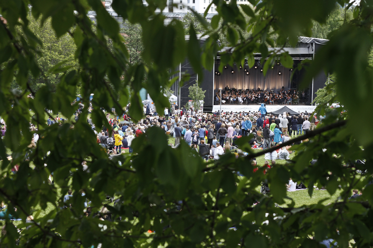 The Oslo Philharmonic Orchestra put on a free show at Myraløkka. Photo by Clay Duda.